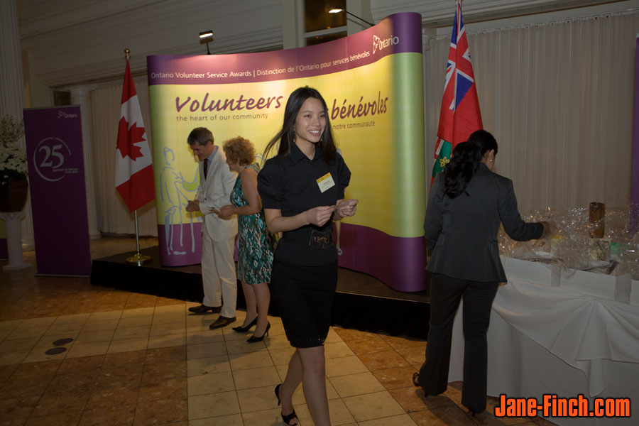 David Nguyen receives the 2011 Ontario Volunteer Service Youth Award
